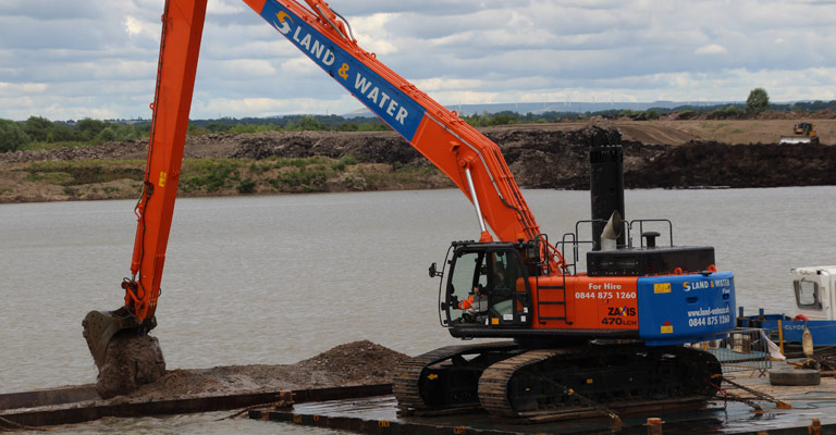 20m 55 Tonne Long Reach Excavator 2