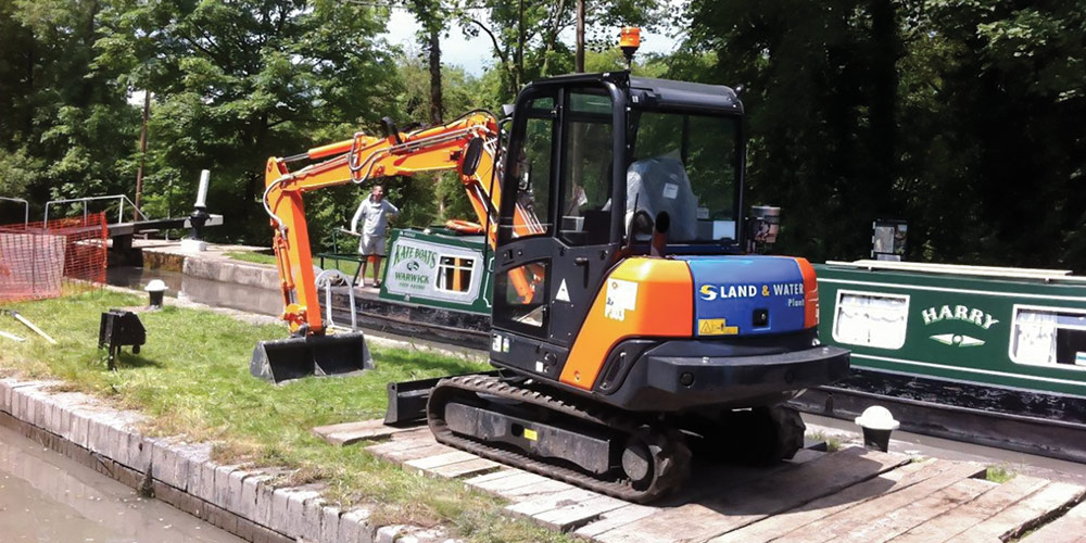 ZX26 6m 4 Tonne Long Reach Excavator main