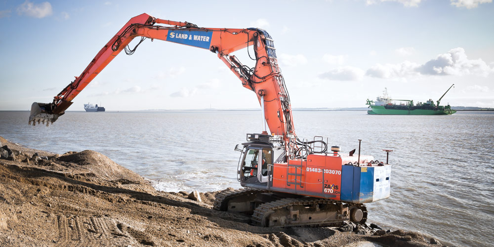 ZX670 25m 80 Tonne Long Reach Excavator main